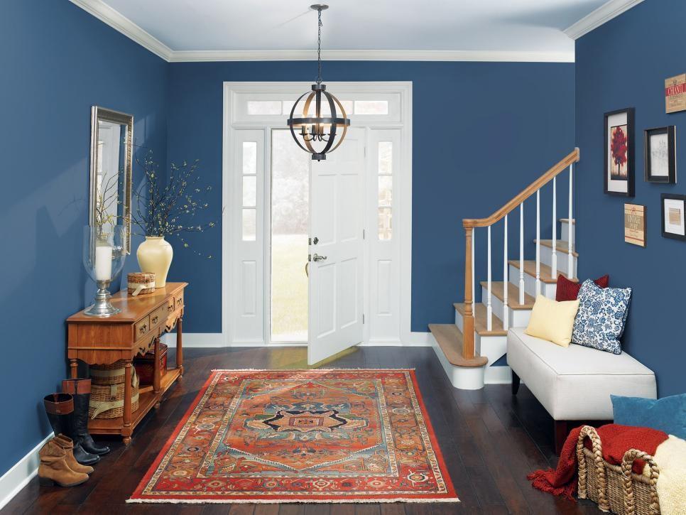 طراحی سبکی زیبا و متفاوت با ترکیب رنگ آبی و مکمل های گرم آن