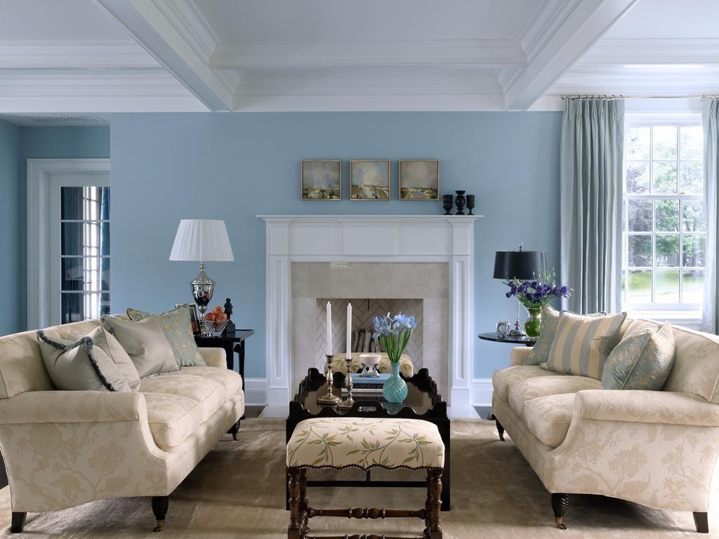 دیوارهایی با ترکیب رنگ آبی روشن، برای بزرگ نشان دادن ابعاد فضا